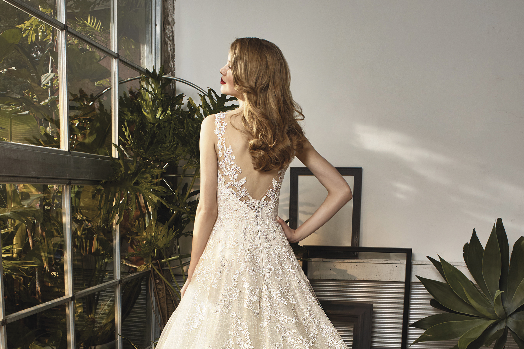 BELLA SULIZE Excellent Quality Luxurious Fabrics Superb Fit Designer Wedding Dresses At An Affordable Price